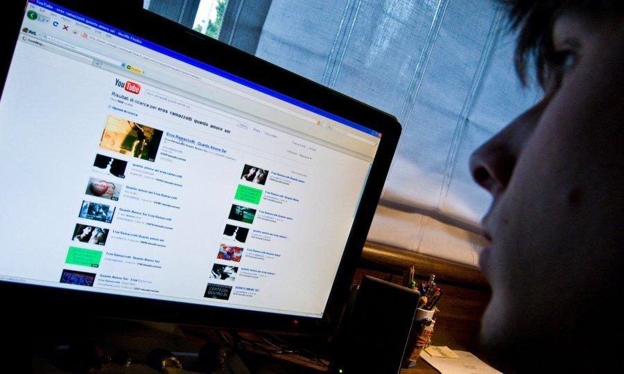 Kako na YouTubeu puštati isti video ponovo