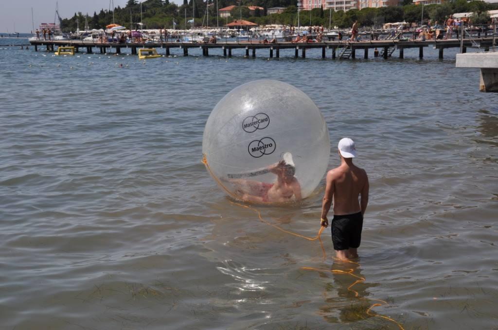 Waterball ili zorb